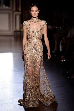 Zuhair Murad Fall 2011; Taylor Swift Grammys 2012 (the back is so gorgeous too!)