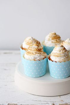 Vanilla Cupcakes with Berry Compote and Marshmallow Frosting #cupcakerecipe http://thecupcakedailyblog.com/vanilla-cupcakes-with-berry-compote-and-marshmallow-frosting/