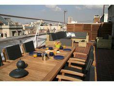 Dieses Penthouse wäre schon ganz nett - ca. 400 EUR - Preis wäre zu verhandeln...