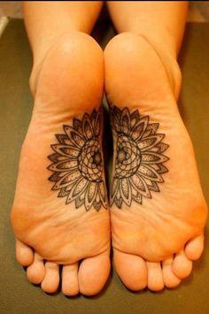 #mandala #tattoo #feet wauw