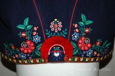 Krojové vyšívání – Tradice Slovácka, o.p.s. Bohemian Blouses, Folk Embroidery, European Countries, My Heritage, Czech Republic, Art Work, Folk Art, Portugal, Vintage Fashion