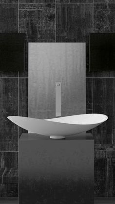 Join us and discover de best selection of luxury freestending washbasin design inspirations at http://www.maisonvalentina.net/