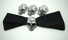 Skull Napkin Rings - dollar store skulls and either silver or mirror spray paint.