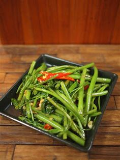 I Love Thai Recipes: Stir Fried Morning Glory (Pad Pak Boong)