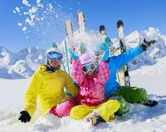 Dressing ski kids, what to wear for family snow travel
