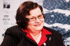 Marie Benešová wurde nach der Verurteilung und Beilegung durch Vergleich, weil sich 7 juristische Amtsträger durch ihre Kritik an ihnen als JUSTIZ-MAFIA verunglimpft sahen, erneut Justizministerin.
