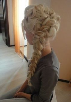 Elsa prom hair ♡