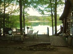 Gaylord Cottage Rental: Lakefront Cottage on Beautiful Dixon Lake Lake Cabins, Cabins And Cottages, Getaway Cabins, Country Style Homes, Country Life, Michigan Vacations, Lake Michigan, Log Cabin Exterior, Lakeside Living