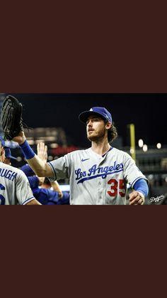Baseball Guys, Baseball Cards, Cody Bellinger, Mlb Players, Sports Memes, Dodgers, Boys, Baby Boys, Sports Humor