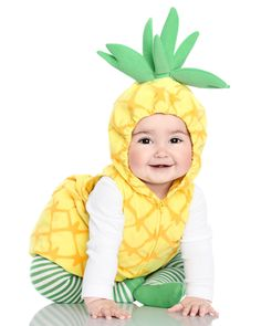 15 halloween costume for kids!Sometimes store-bought Halloween costumes just don\'t cut it. These DIY Halloween costumes for kids are easy to make and more unique. Carters Halloween Costumes, Primer Halloween, Halloween Mono, Cute Baby Halloween Costumes, First Halloween Costumes, Unicorn Halloween Costume, Baby First Halloween, Cute Costumes, Halloween Kids