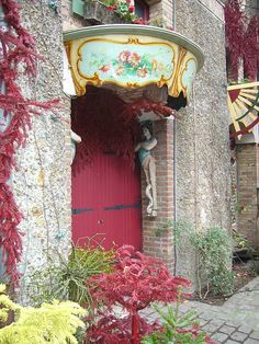 The doors of Paris - Musée des Arts Forains I would love a doorway like this on my home!!!