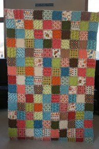 There are so many reasons to love them that you just can't hesitate in making your own Ragtime Quilt.