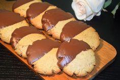 Μπισκότα χωρίς γλουτένη με ταχίνι & καρύδια (νηστίσιμα) – Gfhappy Gluten Free, Cookies, Healthy, Desserts, Food, Glutenfree, Crack Crackers, Tailgate Desserts, Deserts