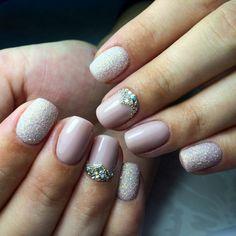 Ideas Nails Wedding Short Pink For 2019 Beige Nail Art, Beige Nails, Pink Nail Art, Cool Nail Art, Nail Art Design Gallery, Best Nail Art Designs, Purple Eye Makeup, Super Nails, Rhinestone Nails
