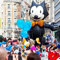 The Balloon's Day Parade, Tintin Journal Rally, guided visits, comics exhibitions and much more fun at the Comic Strip Festival http://visitbrussels.be/bitc/BE_en/comics-festival.do