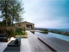 #artofinteriors_pools  #VillaVO by #ZestArchitects  #aquaticarchitecture #poolarchitecture #pooldesign #infinityedge #pools #infinityedgepool #architecture #interiorarchitecture #interiors #interiordesign #yvr #nyc #artofinteriors by artofinteriors Creative backyard pool designs.