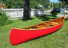 A while back, I wrote briefly about a Chestnut Cruiser slated for restoration. This model of paddling canoe is one of my favorites. Wooden Canoe, Canoes, Outdoor Furniture, Outdoor Decor, Hammock, Kayaking, Surfboard, Restoration, Camping