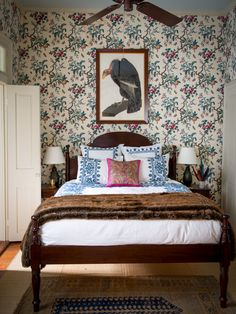 chic wallpaper in bedroom by Thomas Jayne ~ photo: Paul Costello