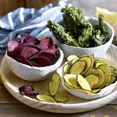 Matar el gusanillo con snacks veganos fáciles y rápidos de hacer es posible Appetizer Buffet, Appetizers, Aperitivos Vegan, Snacks Saludables, Guacamole, Serving Bowls, Cabbage, Oven, Deserts