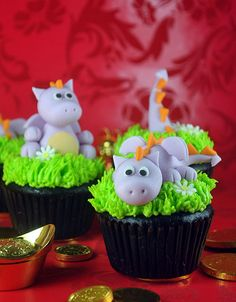 chinese new year dragon cupcakes