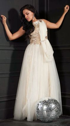 2794c85971 Lovely White Net Bollywood Neha Dhupia Indowestern Gown 3FD4306464