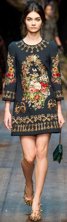 Dolce & Gabbana Fall 2014 I have a feeling this might mean that my floral embroidered jumper from Topshop will be arriving in store soon!!