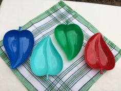 Four shiny, bright colored serving plates, kitchen and dining, dining and serving, plastic plates, leaf shaped plates, Gothamware, vintage by TwoSwansSwimming on Etsy