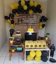 Batman Party Decorations, Birthday Decorations, Birthday Party Themes, Baby Batman, Lego Batman, Birthday Table, Boy Birthday, Batman Birthday Cakes, Superhero Theme Party