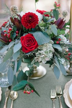 Red rose, hydrangea, and dahlias wedding centerpiece | Ashley Poole Photography