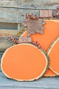 DIY Easy Painted Wood Slice Pumpkins | @anightowlblog  #michaelsmakers