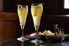 Recipe: Arnaud's French 75 | cognac, lemon, simple, champagne