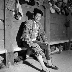 Cantinflas in Around the World in 80 Days.