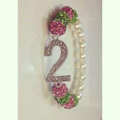 Pearl line number bracelet