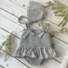 Knit Women Non-Felted Slippers Free Knitting Pattern Baby Knitting Patterns, Knitting For Kids, Crochet For Kids, Baby Patterns, Knit Crochet, Crochet Hats, Knit Baby Dress, Knitted Baby Clothes, Baby Set