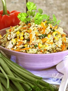 Quick and easy, the Couscous with tuna and vegetables is a complete and light dish. Also excellent cold, lends itself to cheer up dinner or a buffet.