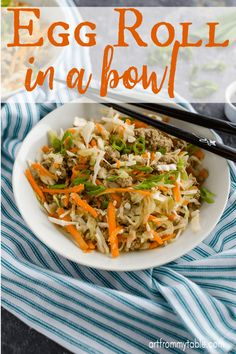 Egg Roll In A Bowl is the perfect easy meal! Make it in the instant pot or in a skillet. Great for all diets, like whole paleo, low carb, gluten free and 21 day fix. We make ours with ground turkey to keep it light and filling. Asian Recipes, New Recipes, Cooking Recipes, Healthy Recipes, Tuna Recipes, Easy Cooking, Cooking Ideas, Easy Weeknight Meals, Easy Meals