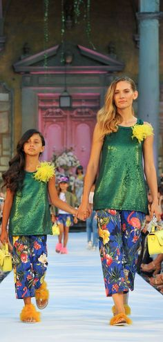 2e2a9ee57d67f1 145 Best Mini Me Mommy & Daughter Fashion images in 2019 | Girls ...
