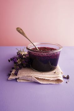 Lavender Jam / Once Upon a Cakestand   RECIPE: •a handful of organic, dried lavender blossoms •50g sugar •2 tablespoons of honey •150ml red port wine •100ml creme de cassis •120ml water ♥ Mix all ingredients in a saucepan and let cook for about 30 minutes until it gets all syrupy, then put in a sealable glass jar and keep in the fridge. ♥