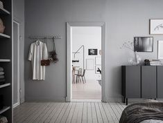 I love a home that's well accessorised. Accessories can make such a big difference and can give a home character and personality. The crisp white floors and walls in this Swedish home could easily give this space an almost clinical … Continue reading → Ikea Sofa, Rustic Chair, Swedish House, White Houses, Grey Walls, Small Rooms, Interior Design, Arch Interior, Living Room