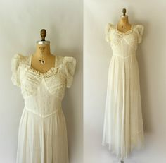 Vintage 1940s Lace and Tulle Wedding Dress - from Sweet Bee Finds
