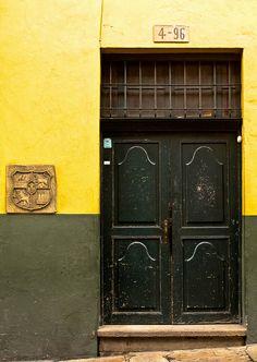 Door - Colonial house | Flickr: Intercambio de fotos