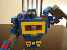 SOUNDWAVE w/ LASERBEAK, RAVAGE & RUMBLE: A LEGO® creation by Chris Roach : MOCpages.com