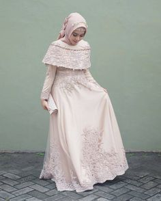Incoming Style with the Hijab Dress Here Ready to Make You Look Elegant and Hijab Prom Dress, Dress Brukat, Hijab Gown, Muslimah Wedding Dress, Kebaya Dress, Dress Pesta, Muslim Wedding Dresses, Maxi Dress Wedding, Prom Dresses