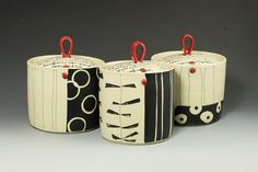 Ceramic Boxes, Ceramic Jars, Ceramic Pottery, Pottery Painting Designs, Paint Designs, Condiment Sets, Hand Built Pottery, Clay Projects, Sgraffito