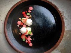 """New to set lunch this week.. """"Eton mess"""" my way strawberry yoghurt meringue #chef #cheflife #chefsofinstagram #chefstalk #chefsroll #dessert #dessertporn #dessertmasters #pastry #pastrychef #pastryporn #foodporn #foodstagram #instagood #theartofplating #expertfoods #gastroart #gourmetartistry #staffcanteen #dontshootthechef #foodstarz_official #nzchef #nzdessert #sgfoodies #sgdessert #truecooks #insta_foodi #getinmybelly #etonmess by jennawhite8"""