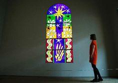"""""""Nuit de Noël"""",une maquette en vitrail réalisée par Matisse pour la Chapelle du Rosaire de Vence. Photo: Reuters"""