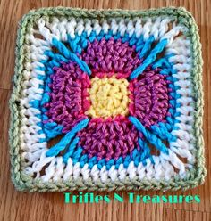 new crochet pattern: Stashbuster Granny Square