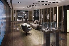 Watches of Switzerland, Landmark Flagship store by Callison, London UK watches Top Interior Designers, Best Interior Design, Jewelry Store Design, Jewelry Shop, Jewelry Stores, Uk Retail, Shops, Retail Interior, Shop Interiors