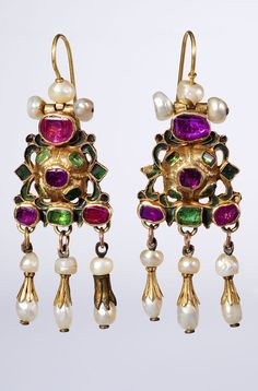 Earrings, Russia, 18th century