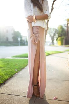 very long pastel skirt.. dont think i could pull it off but its supa cute